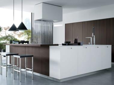 Cucina laccata lineare in legno KYTON