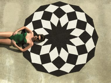 Round outdoor rug with Optical Pattern MARQUIS | Rug