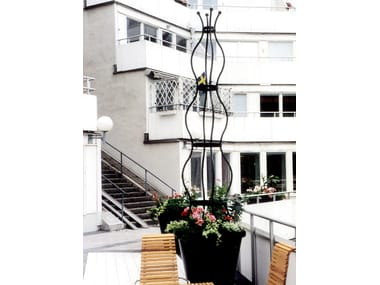 Self-supporting steel vertical gardening trellis SIRI