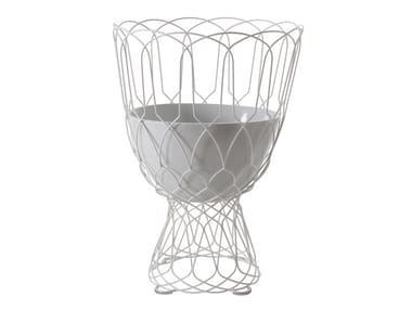High steel garden vase RE-TROUVÉ | High garden vase