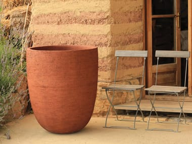 Terracotta garden vase TEXEL VASE