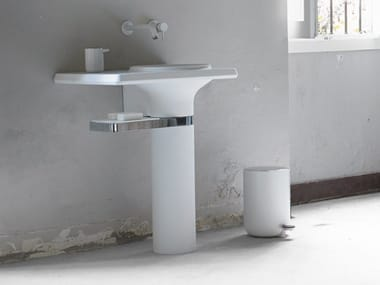 Lavabo de Cristalplant® de pedestal VASE | Lavabo de pedestal