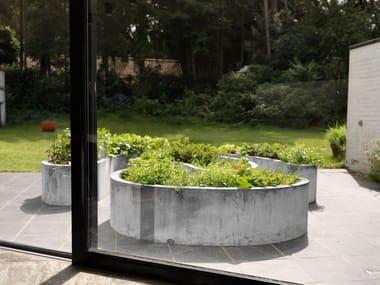 Metal Flower pot ZINC LOW LABYRINTH