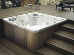 - Outdoor hot tub 6-seats MYSPA 213 - Glass 1989