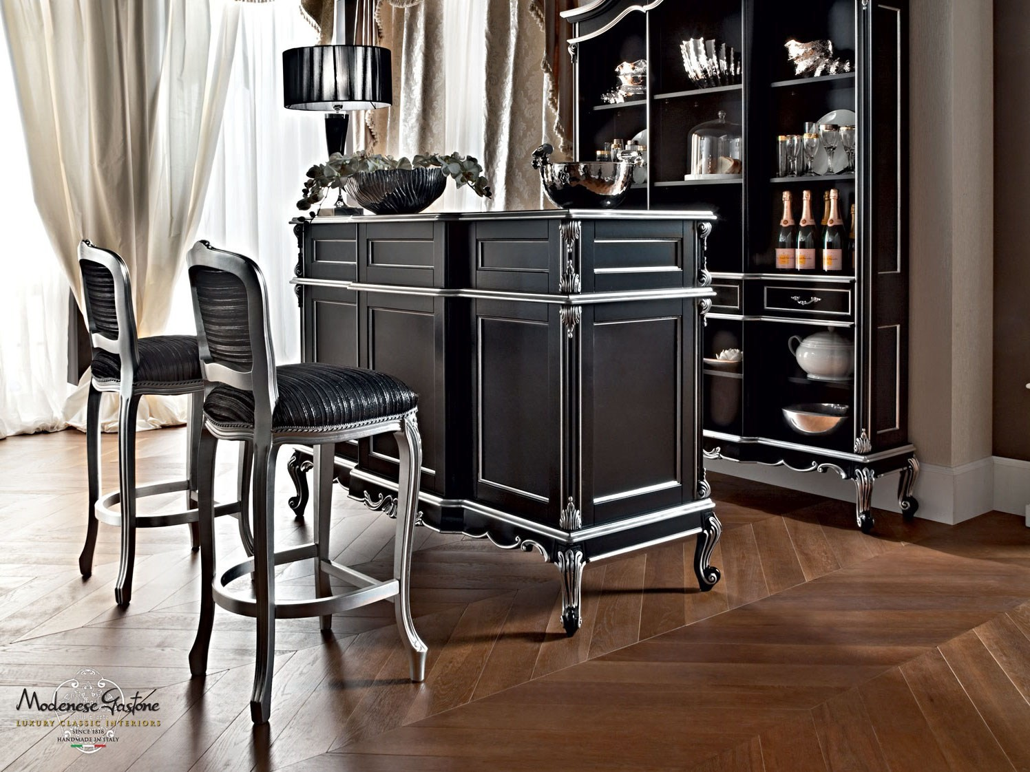 meuble bar en bois massif 12134 collection casanova by. Black Bedroom Furniture Sets. Home Design Ideas