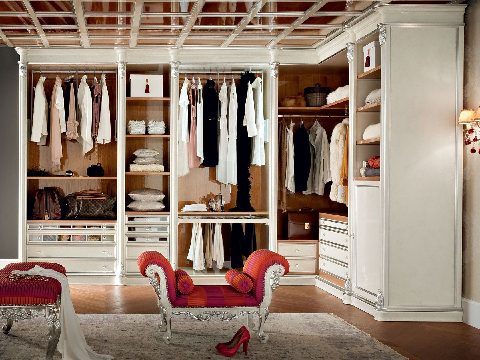 13909 walk in wardrobe by modenese gastone group for High end closet design
