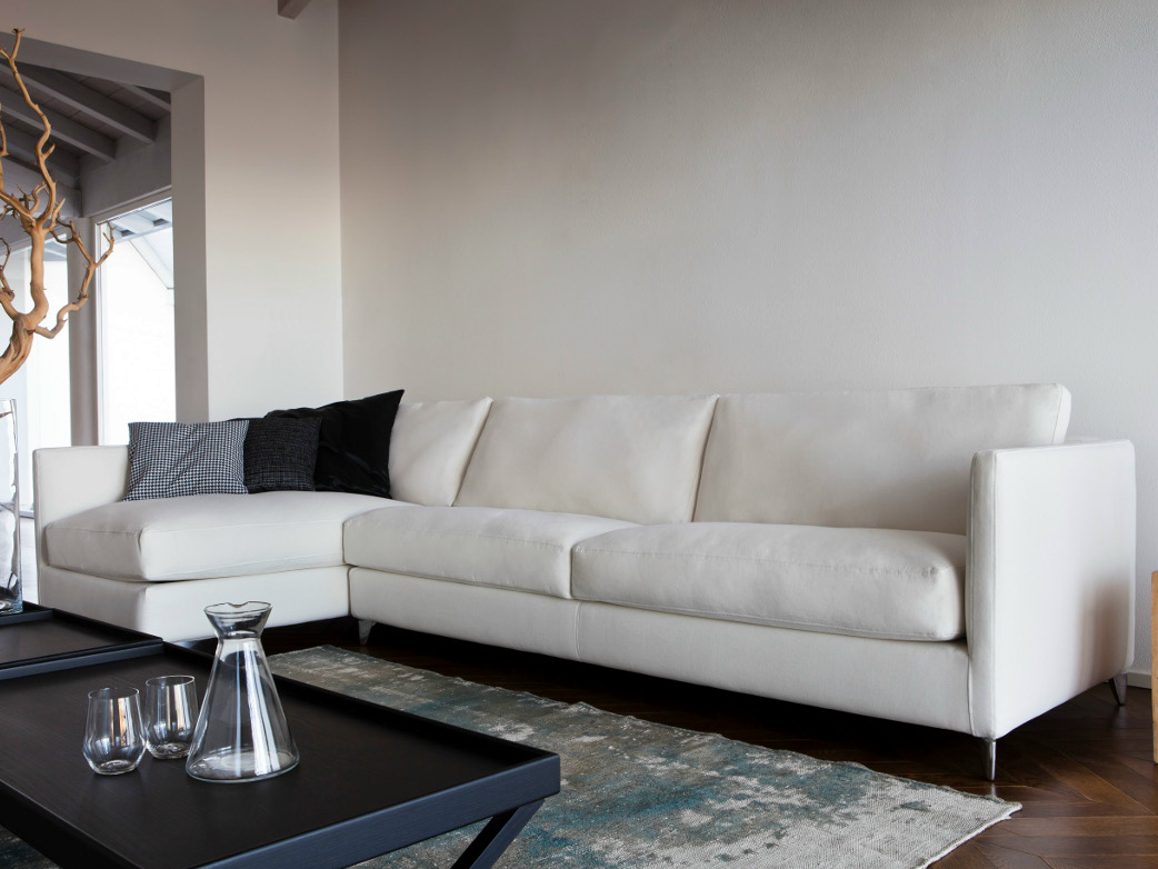 910 zone slim divano con chaise longue by vibieffe design - Divano con chaise longue ...