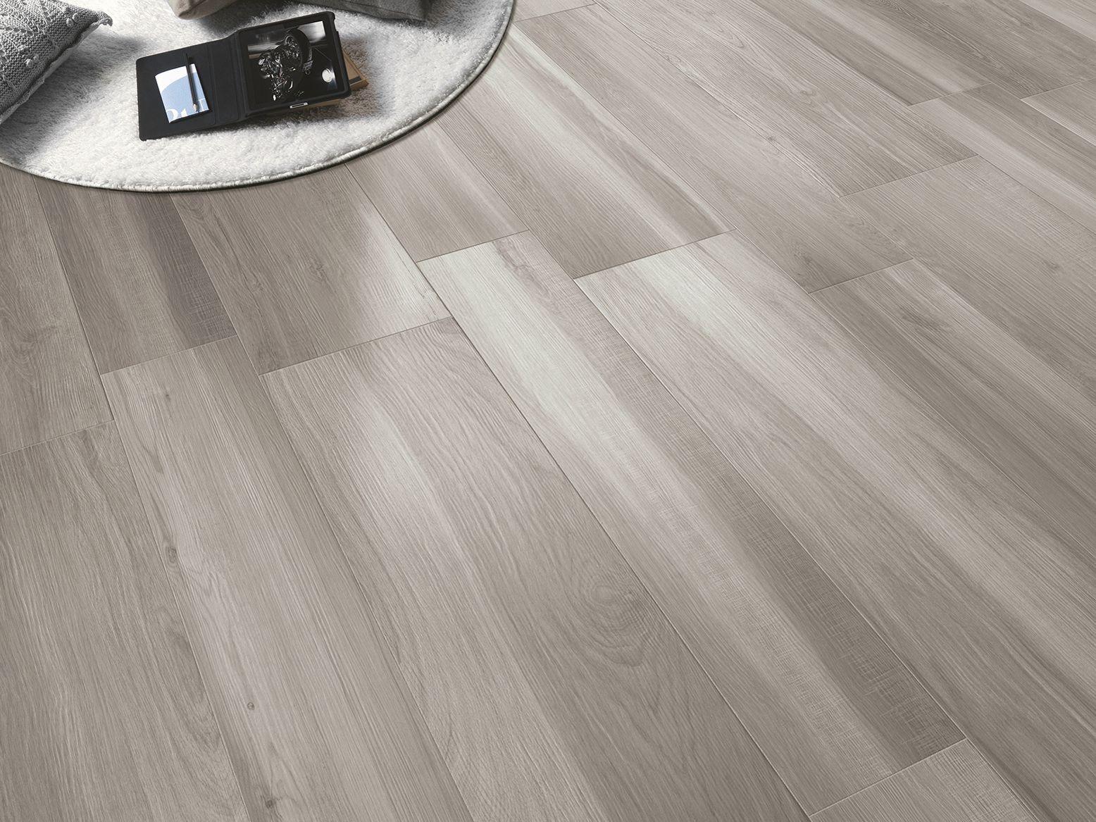Acanto flooring by serenissima - Ceramicos imitacion madera ...