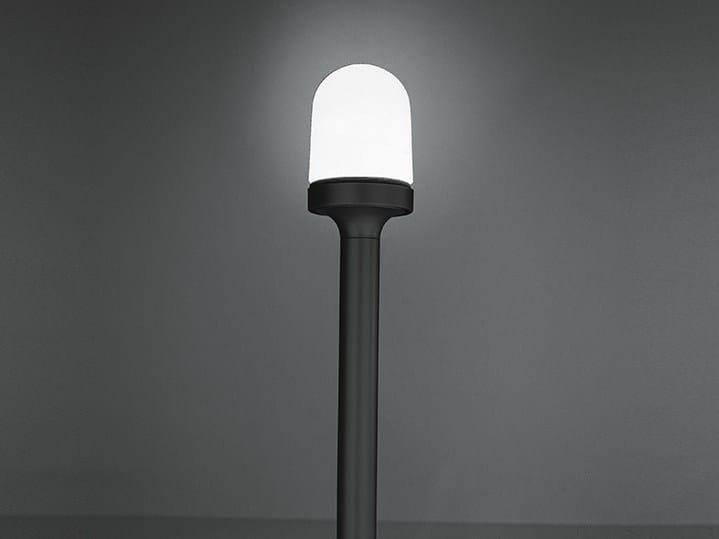Lampione da giardino in alluminio e vetro aglaia by for Lampioni giardino disano
