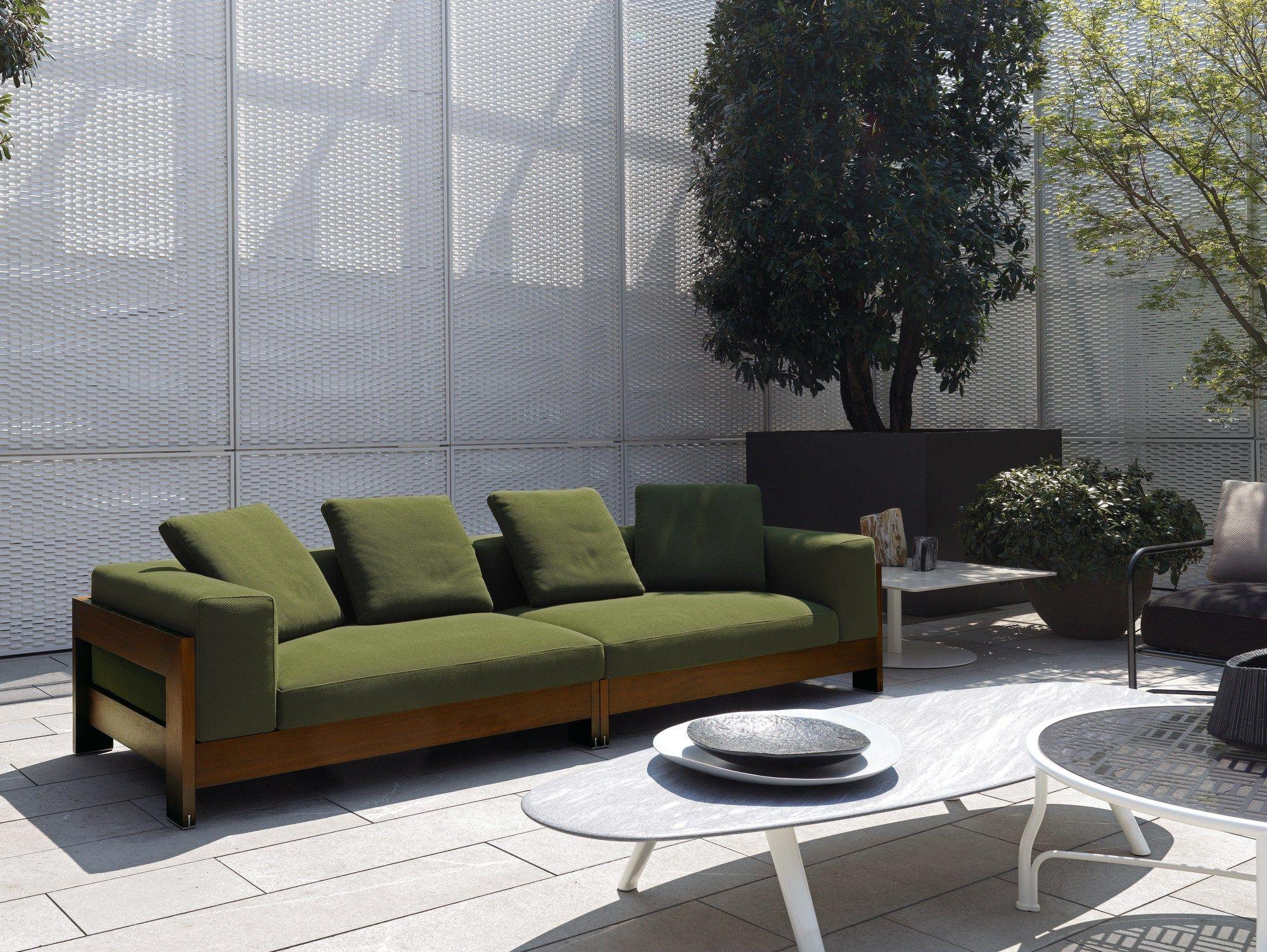 Alison iroko outdoor by minotti design roberto minotti for Sofa exterior de obra