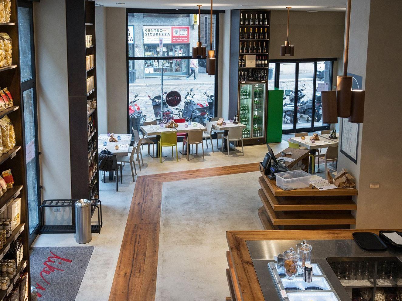 Arredo per negozi by tm italia cucine for Italia arredo
