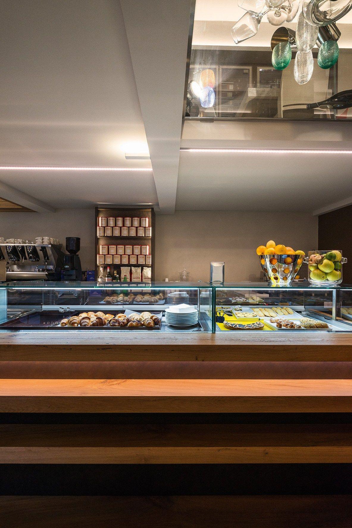 Arredo per negozi by TM Italia Cucine