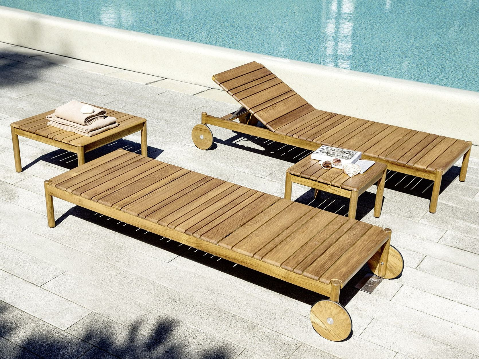 barcode garden daybed with casters by varaschin design alessandro dubini