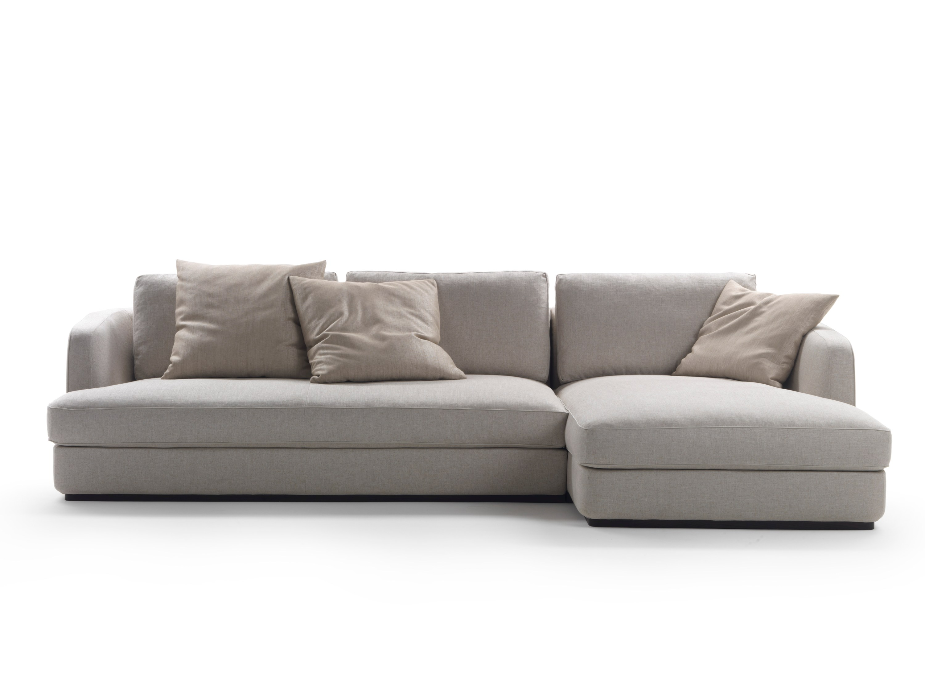 Sofa with chaise longue barret by mood by flexform design for Chaise longue flexform