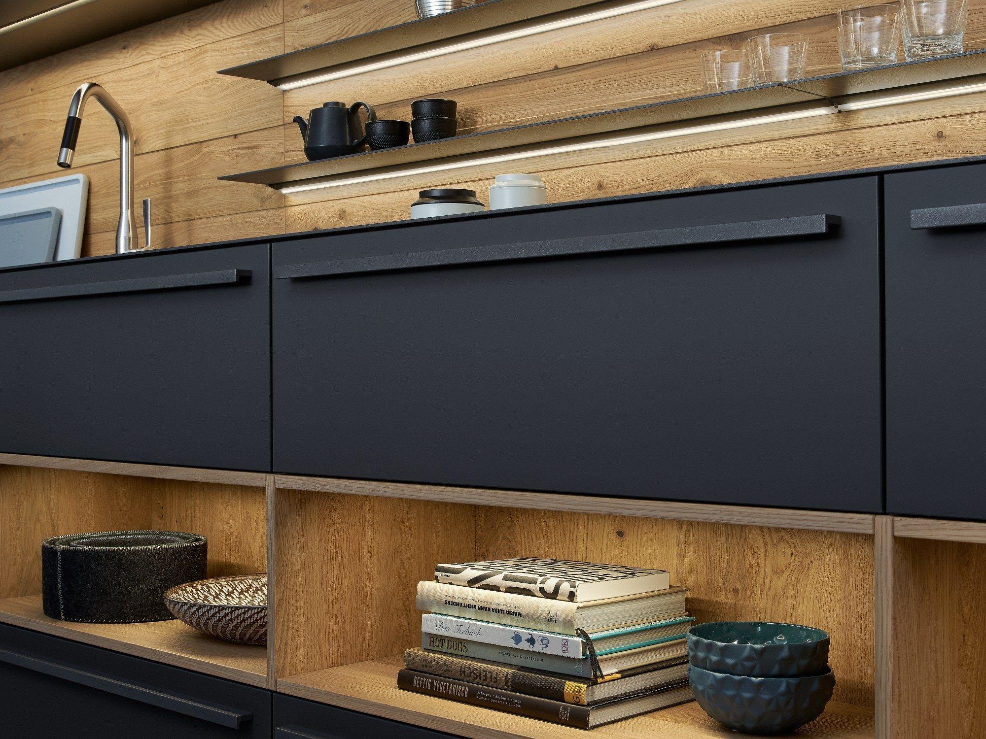 Solid wood kitchen with island BONDI | VALAIS By LEICHT Küchen | {Leicht küchen logo 57}