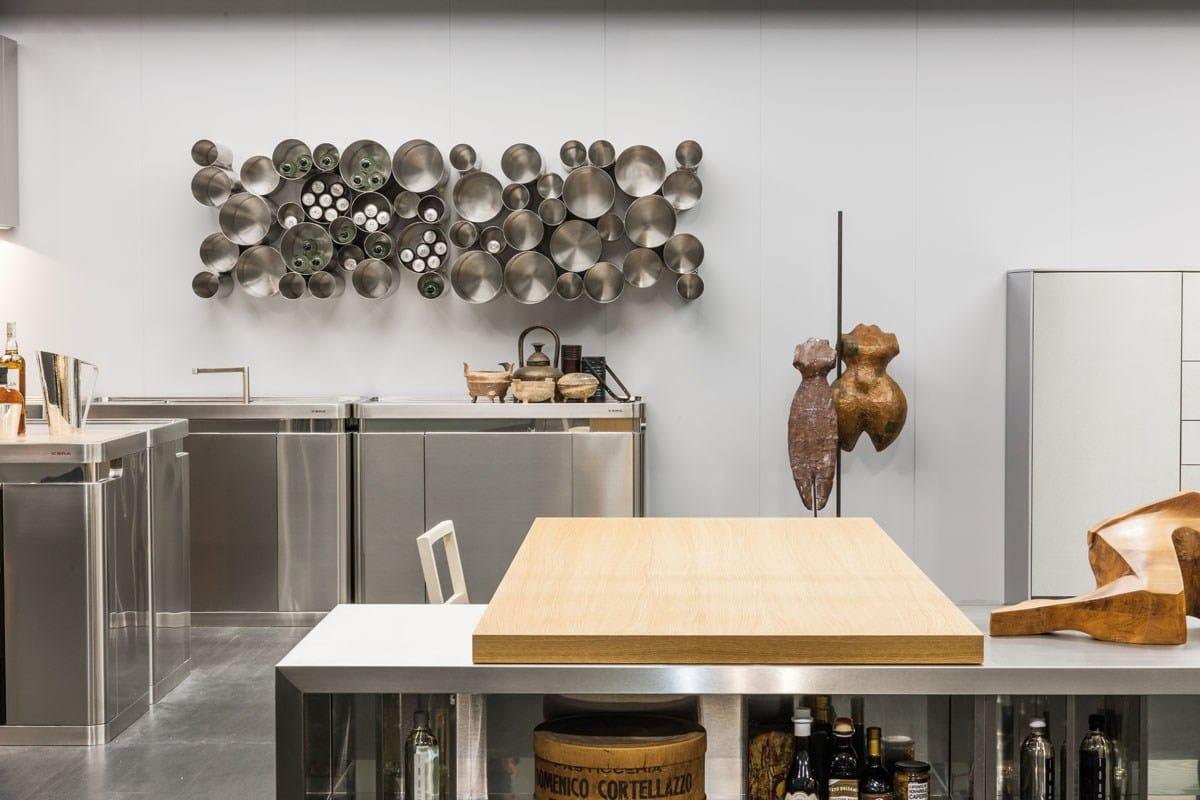 Portabottiglie dispensa in acciaio inox bubble tools by for Accessori cucina acciaio