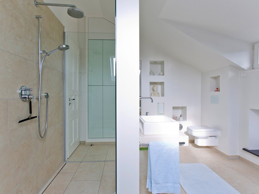 Arredo bagno completo by baqua design jürgen klein