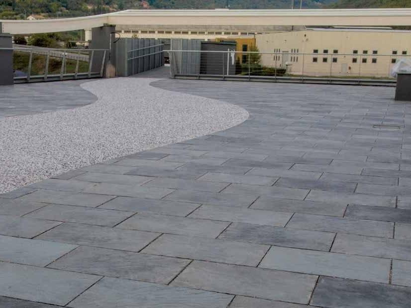 Pavimento per esterni effetto pietra benacus pietra lavica by ferrari bk - Piastrelle pietra lavica ...