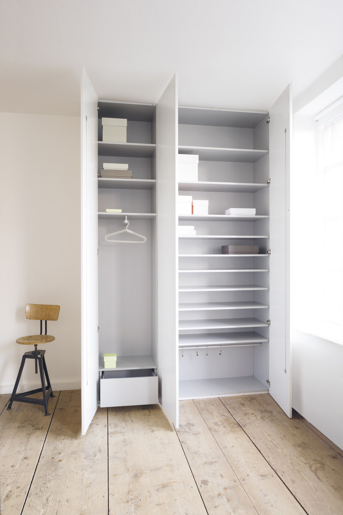 anbau kleiderschrank nach mass cabin by sch nbuch. Black Bedroom Furniture Sets. Home Design Ideas