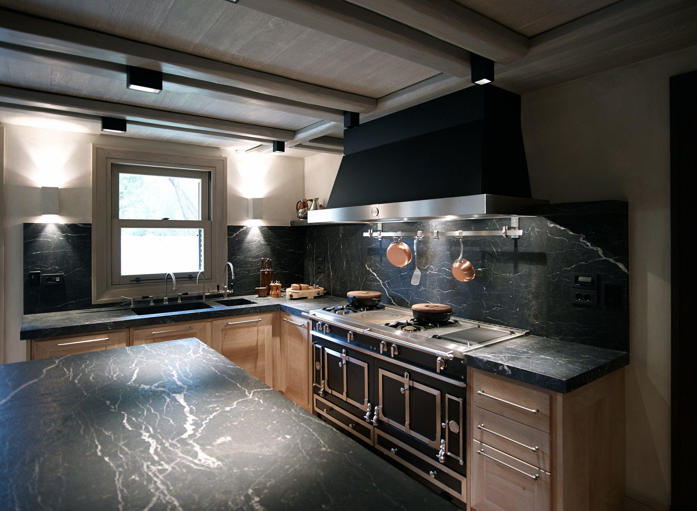 Cucina a libera installazione in acciaio inox ch teau 150 by la cornue - Piano de cuisine la cornue ...
