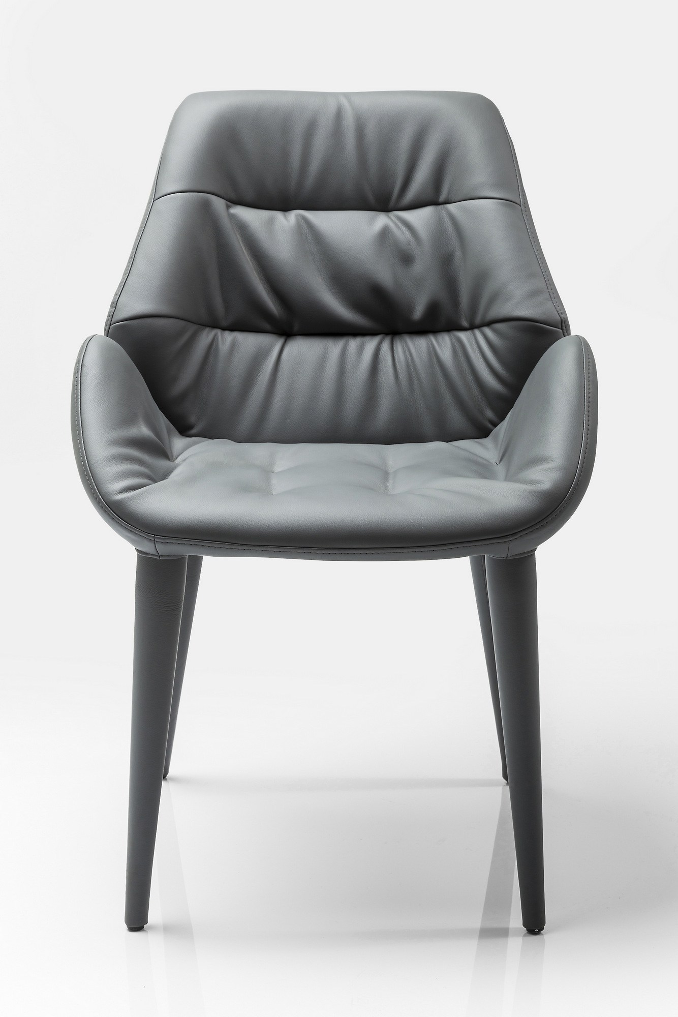 Sedia imbottita chair armrest jumper by kare design for Sedia kare design