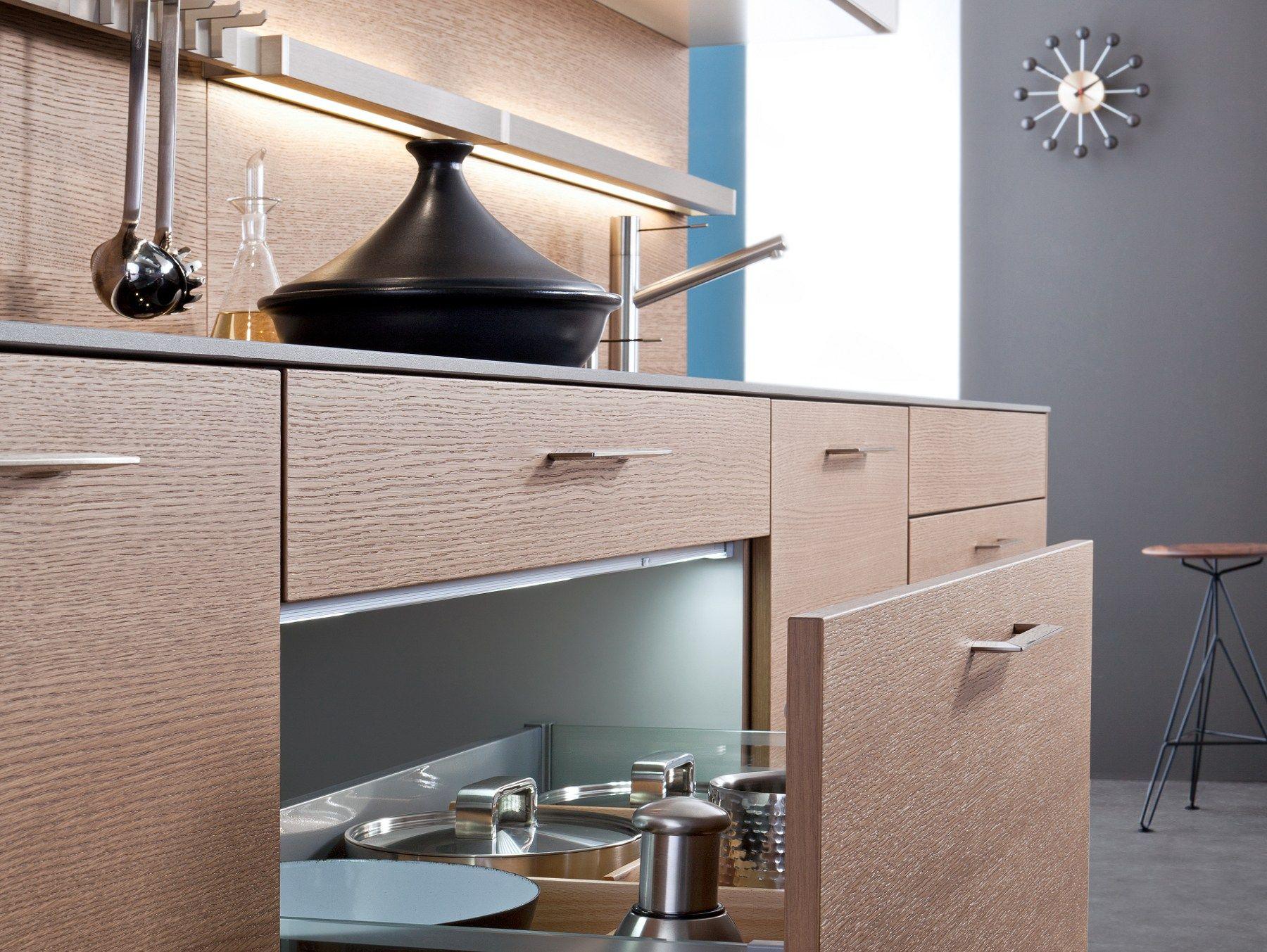 Küche mit Kücheninsel CLASSIC-FS TOPOS by LEICHT Küchen