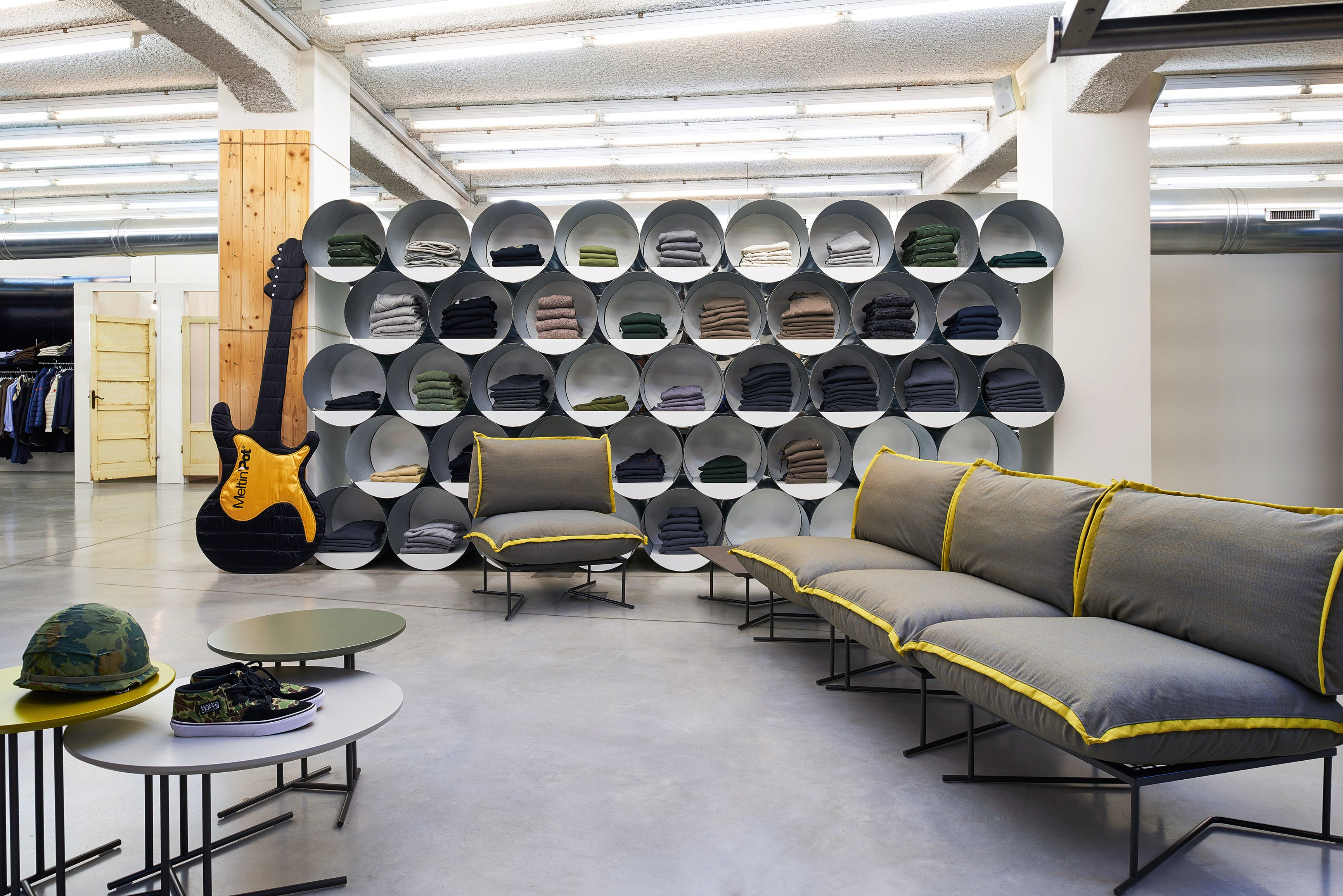 Colorado divano componibile by varaschin design daniele lo for Varaschin arredo giardino