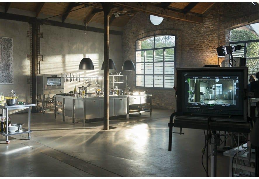 Composizione cucina a blocchi 195x320 modulo cucina su misura by alpes inox for Cucine alpes inox prezzi