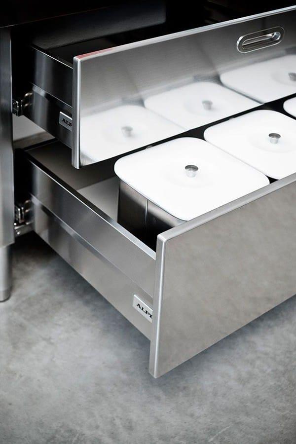 Cuisine lin aire en acier inoxydable cucina 190 blow up for Acier inoxydable cuisine