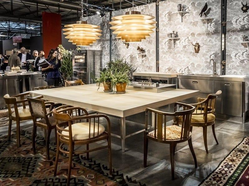 Cucina su misura in acciaio inox in stile moderno con - Cucine alpes inox prezzi ...