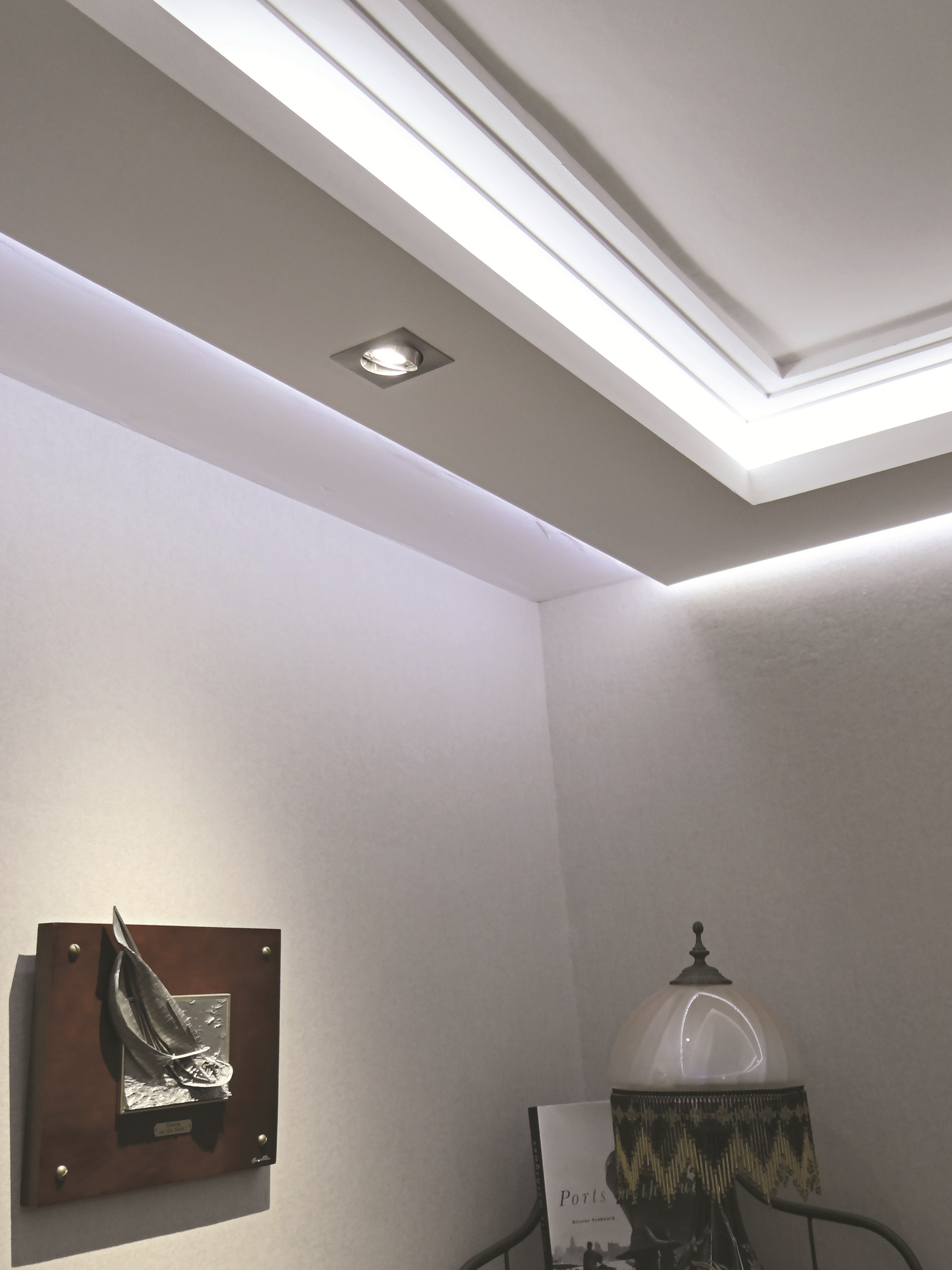 cornice d105a by staff d cor