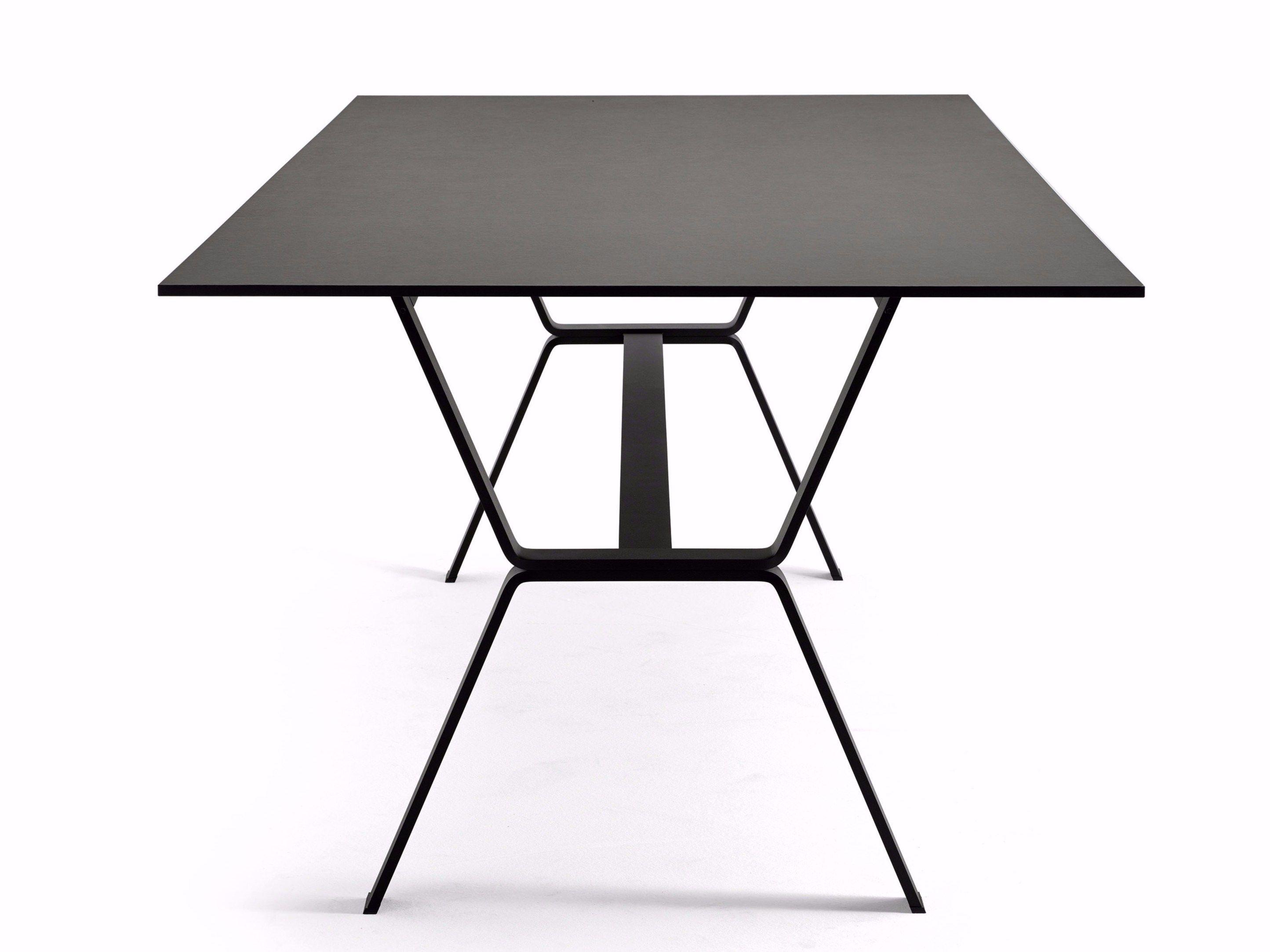 Tavolo da pranzo rettangolare DEER by Varaschin design Anki Gneib