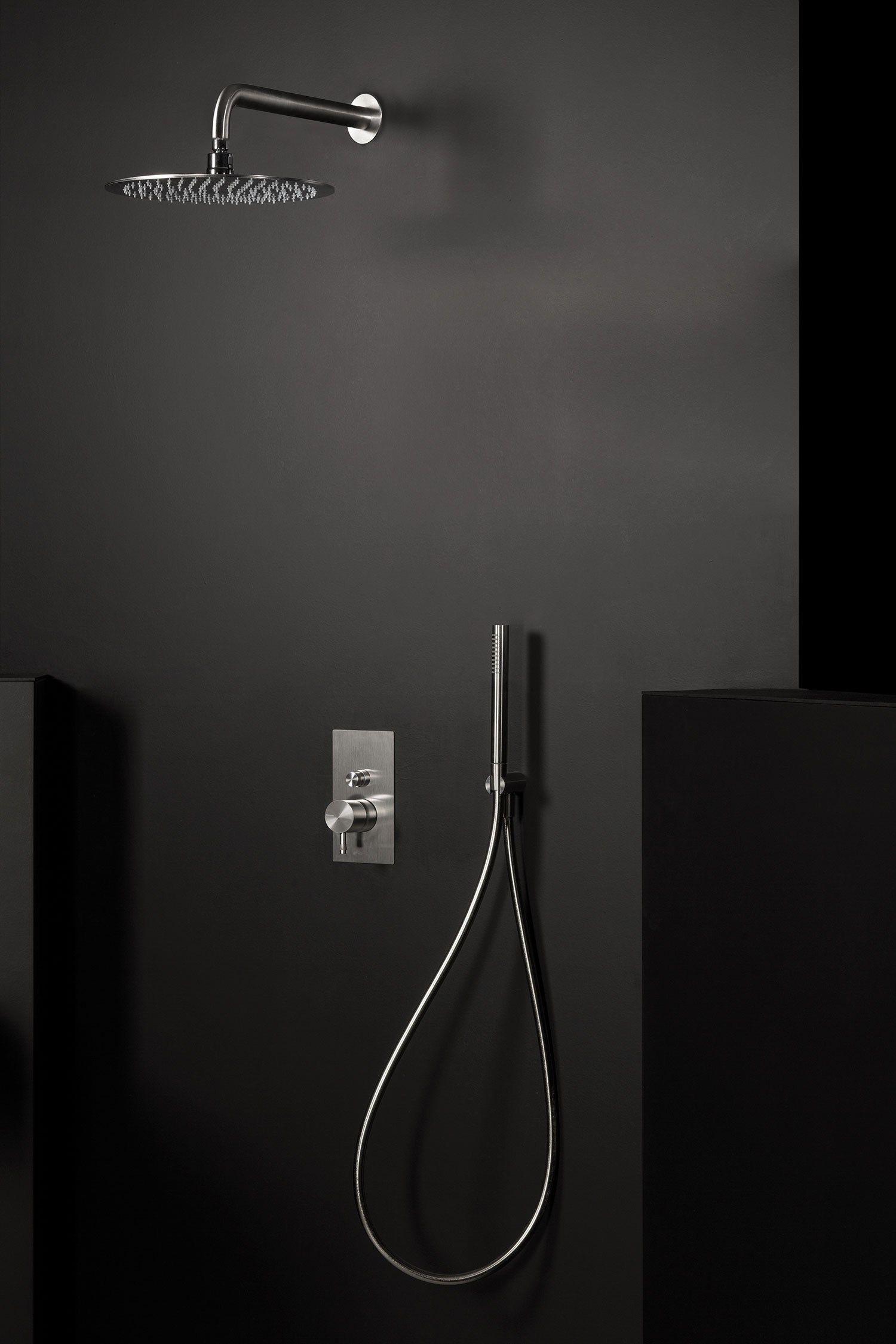 Diametro35 inox t te de douche orientable by rubinetterie ritmonio design dav - Tete de douche pluie ...