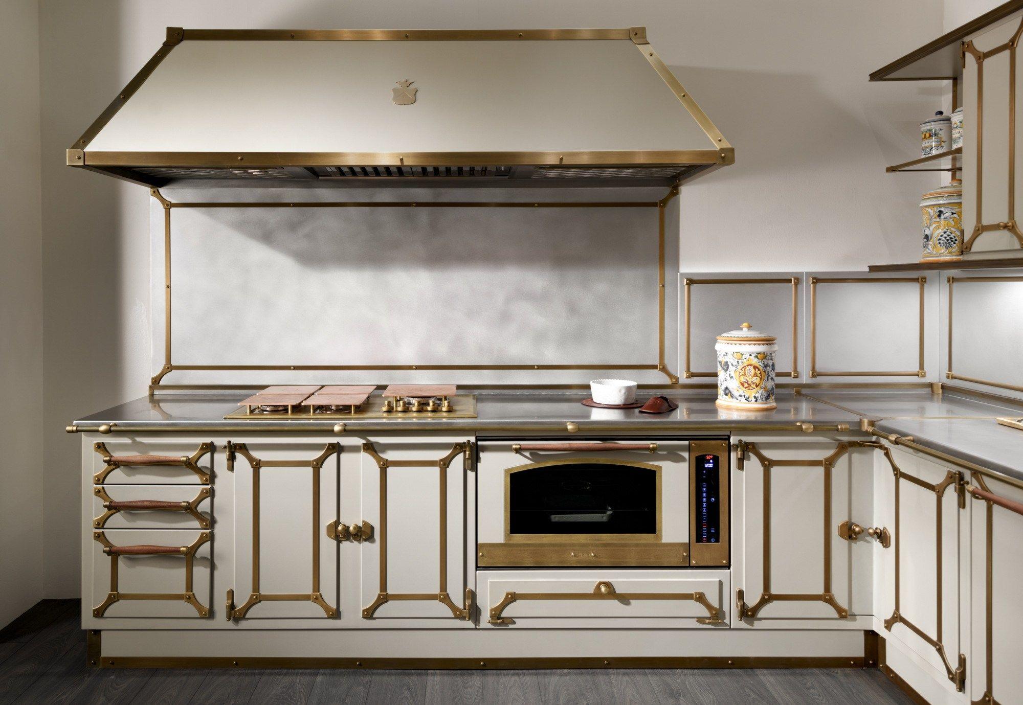 cucina con maniglie domestic by officine gullo. Black Bedroom Furniture Sets. Home Design Ideas