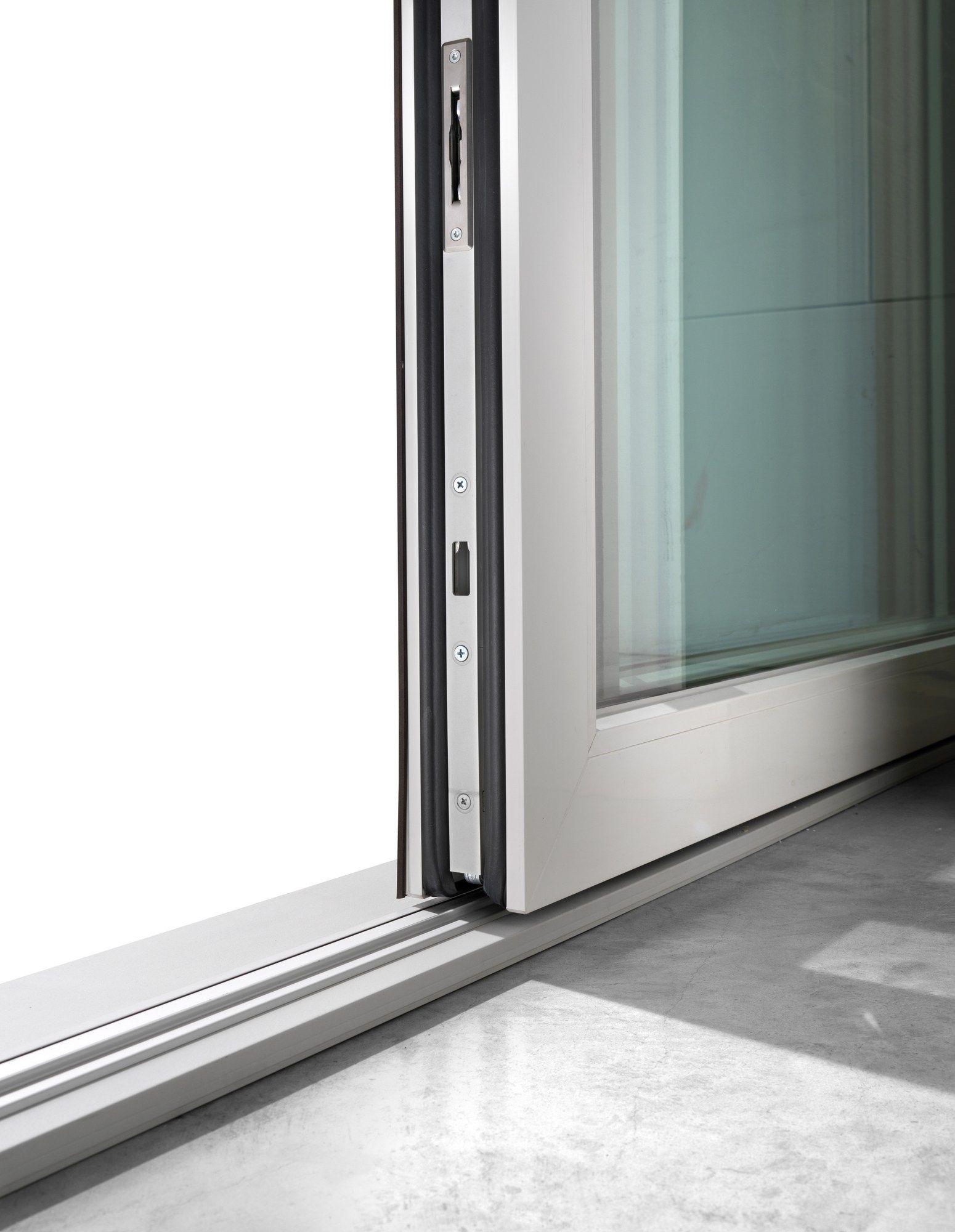 Porta finestra alzante scorrevole in pvc dqg hst for Altezza porta finestra