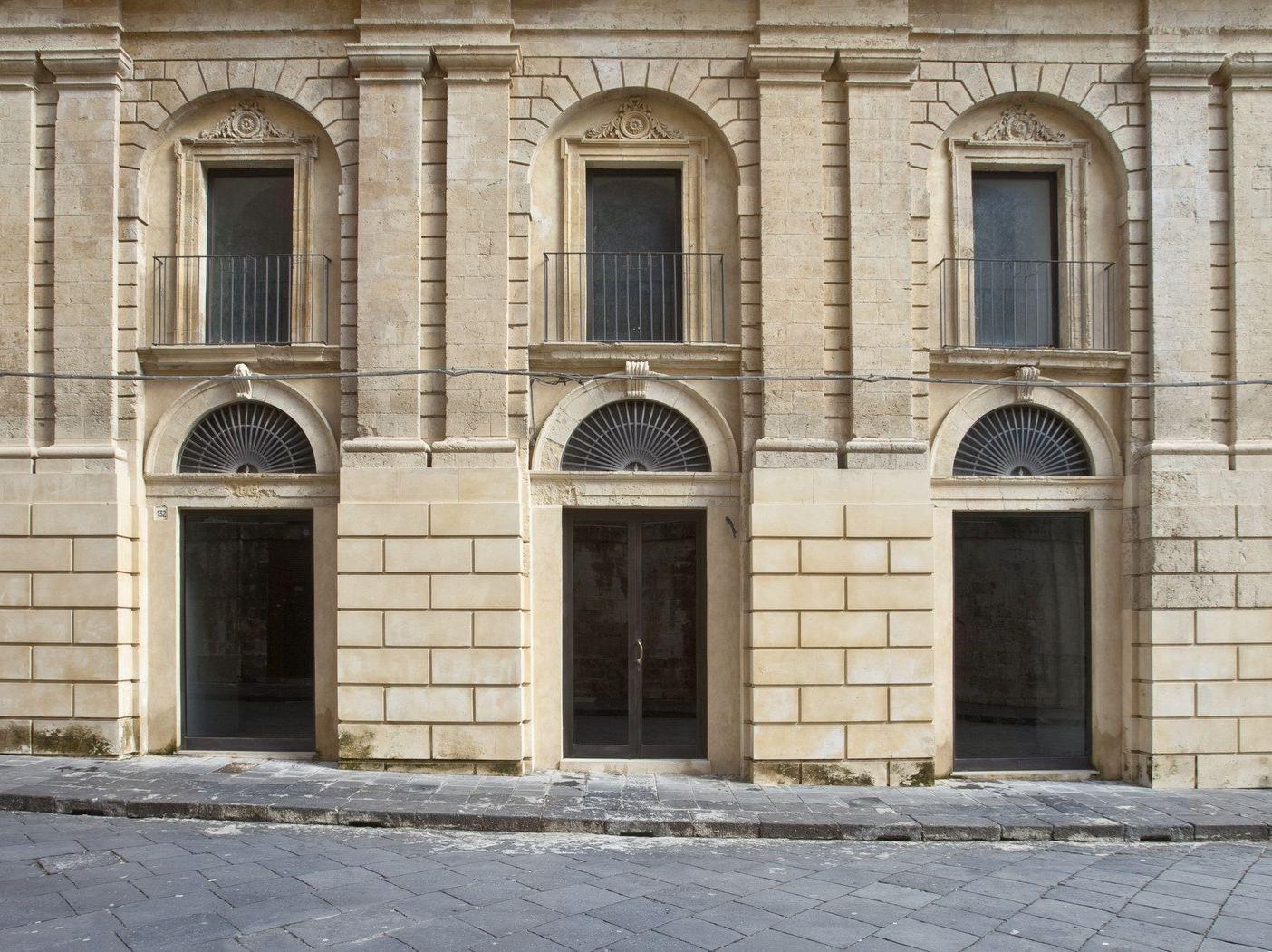 Ebe 65 porte e finestre by secco sistemi - Finestre e porte ...