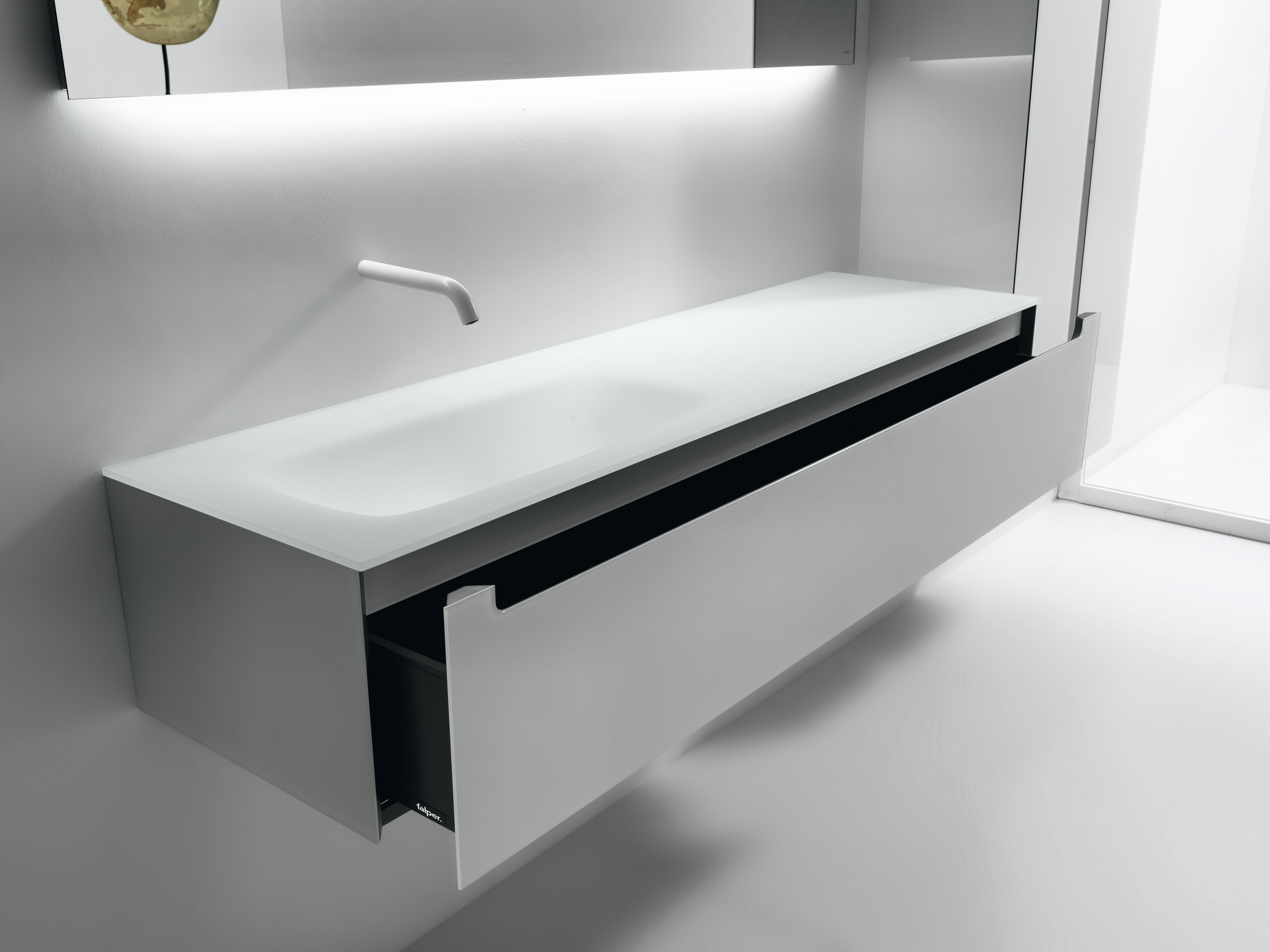 EDGE Mobile lavabo by FALPER design Metrica