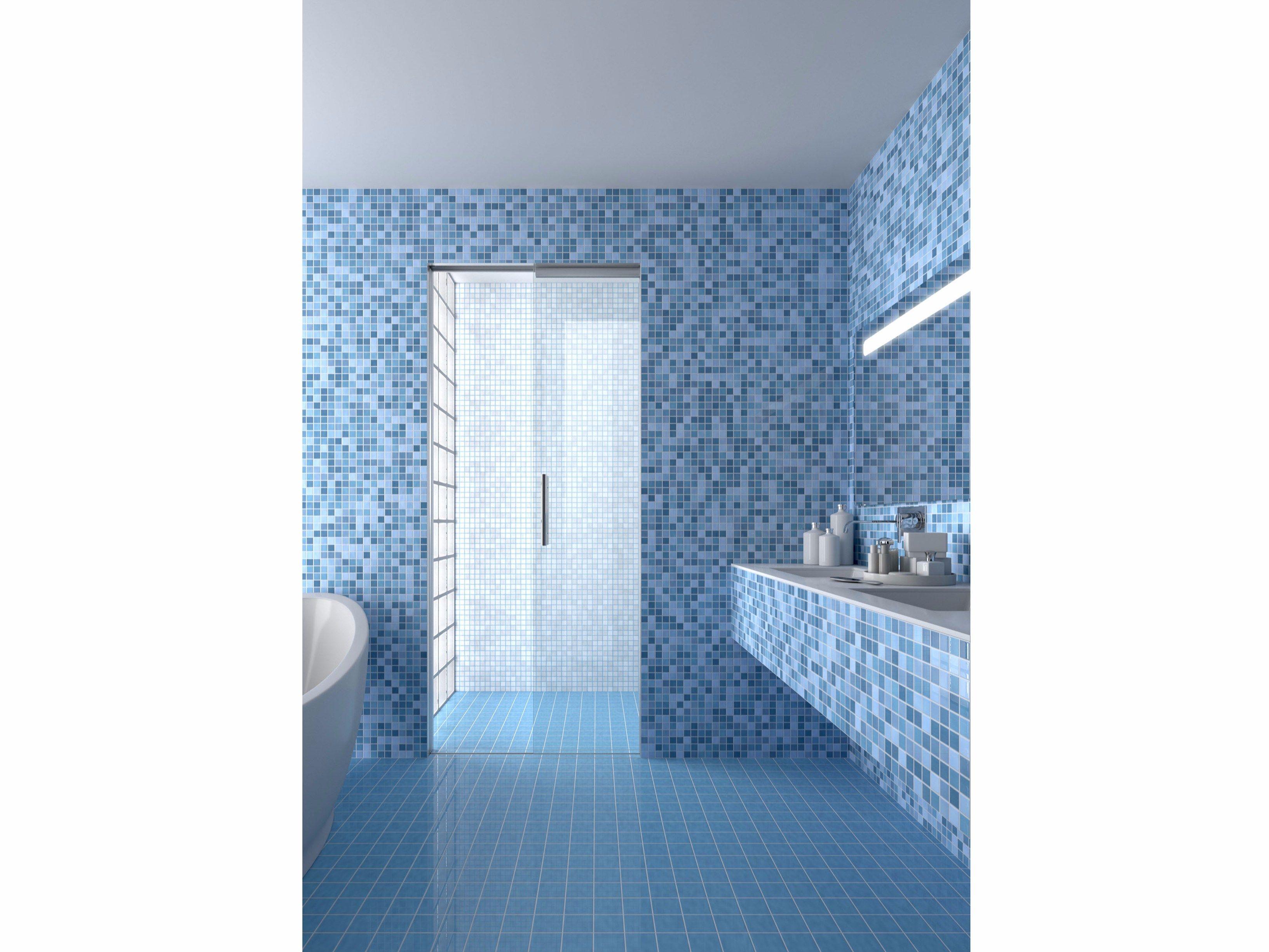 Porta scorrevole interno muro per box doccia essential - Porta per doccia ...