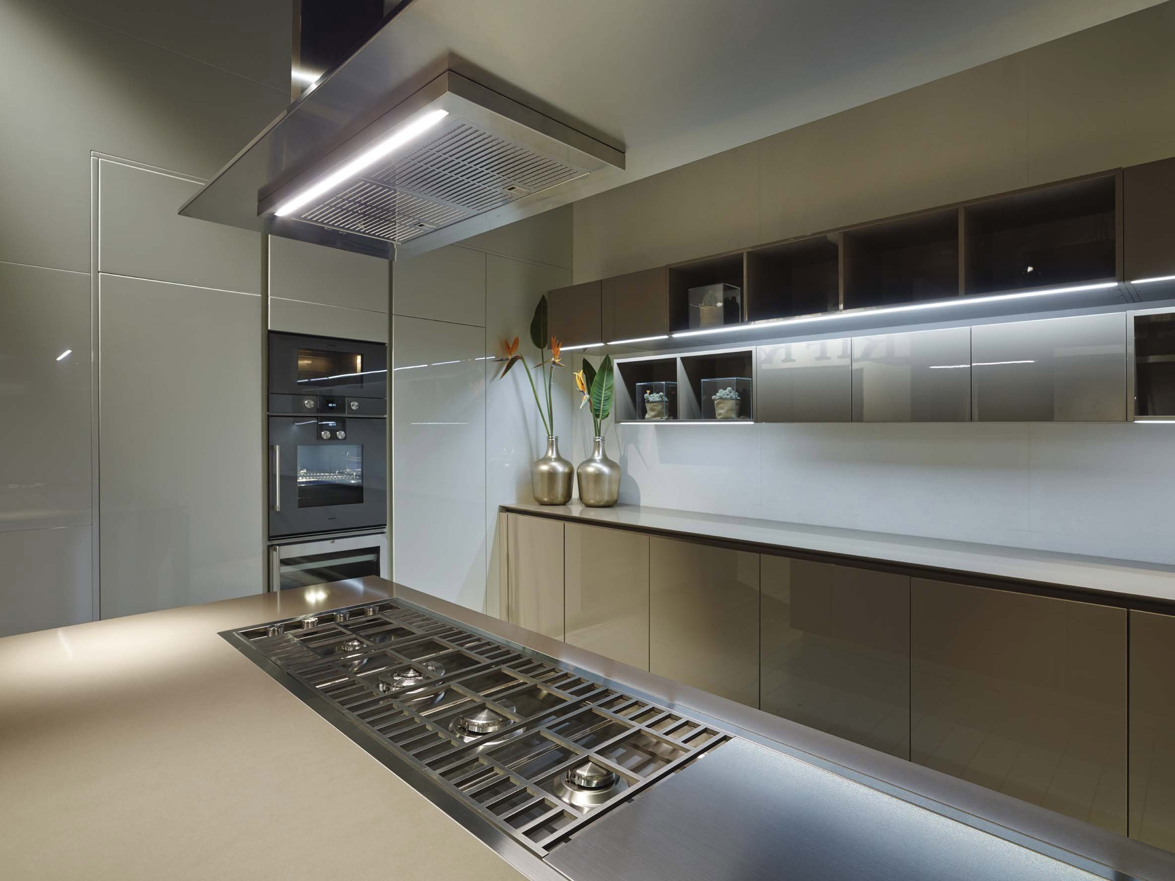 FLY Cucina in rovere by RIFRA