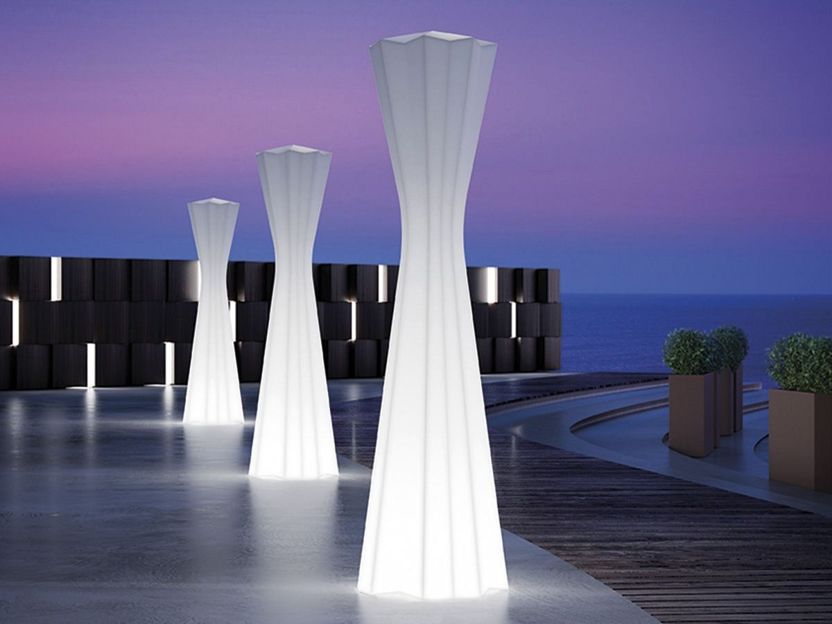 Floor Lamp Frozen Lamp Light By Plust Collection By Euro 3