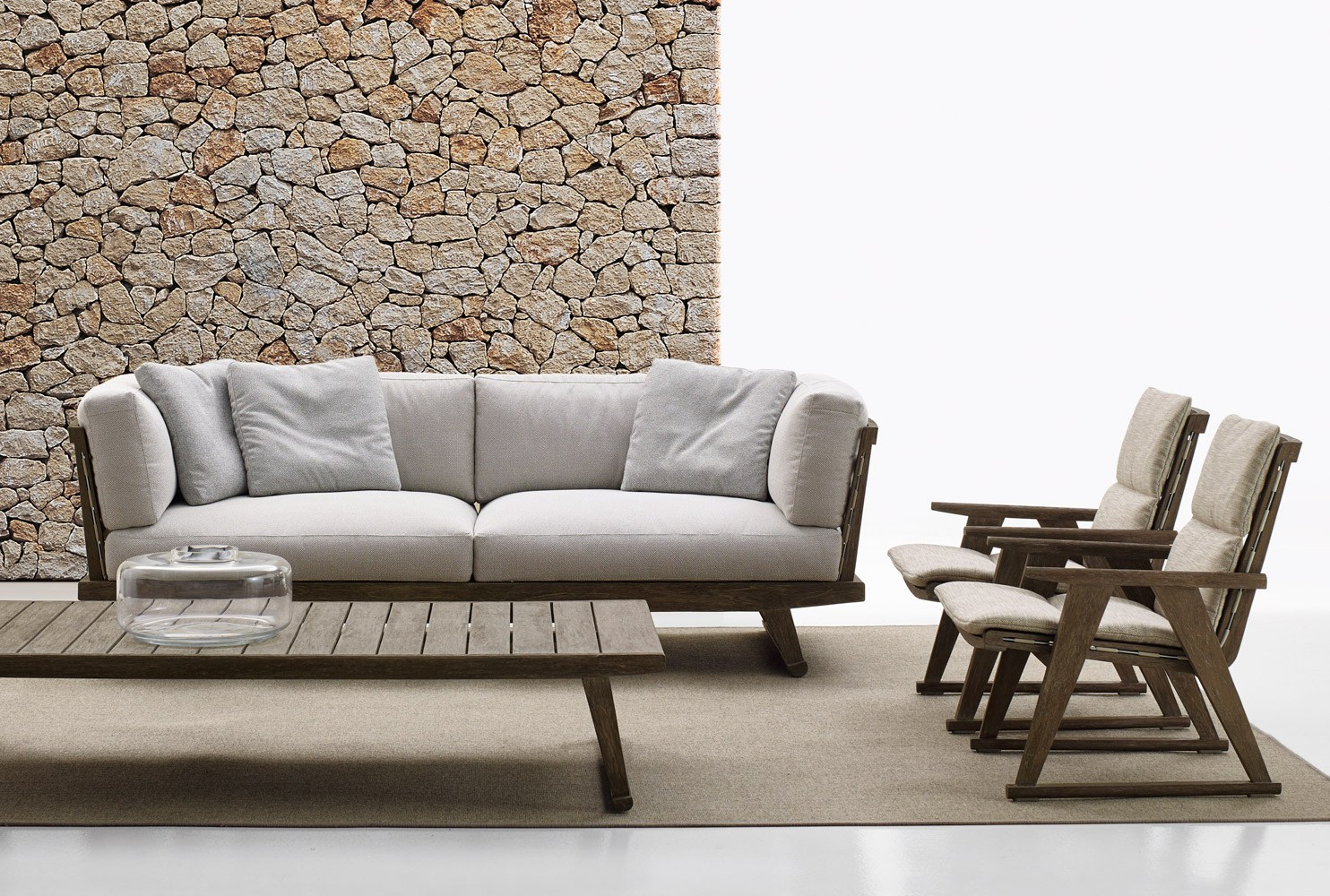 Gio table basse de jardin by b b italia outdoor a brand for Sofas resina exterior