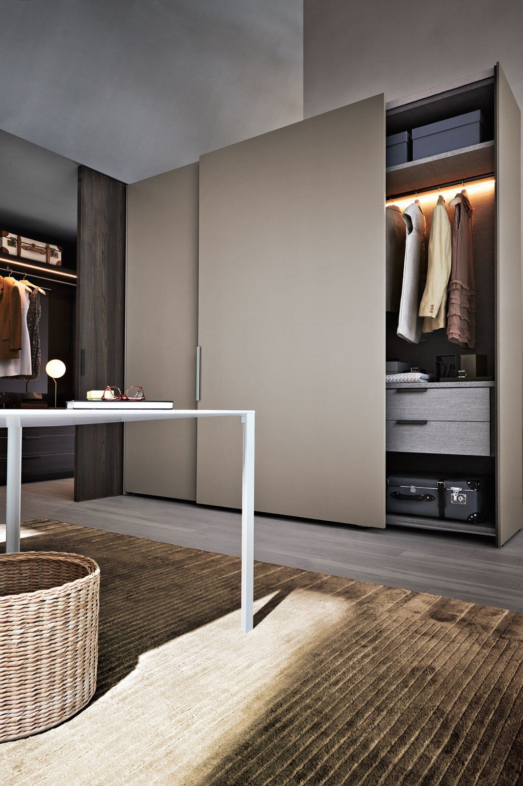 Anta scorrevole gliss master start collezione gliss by for Molteni catalogo