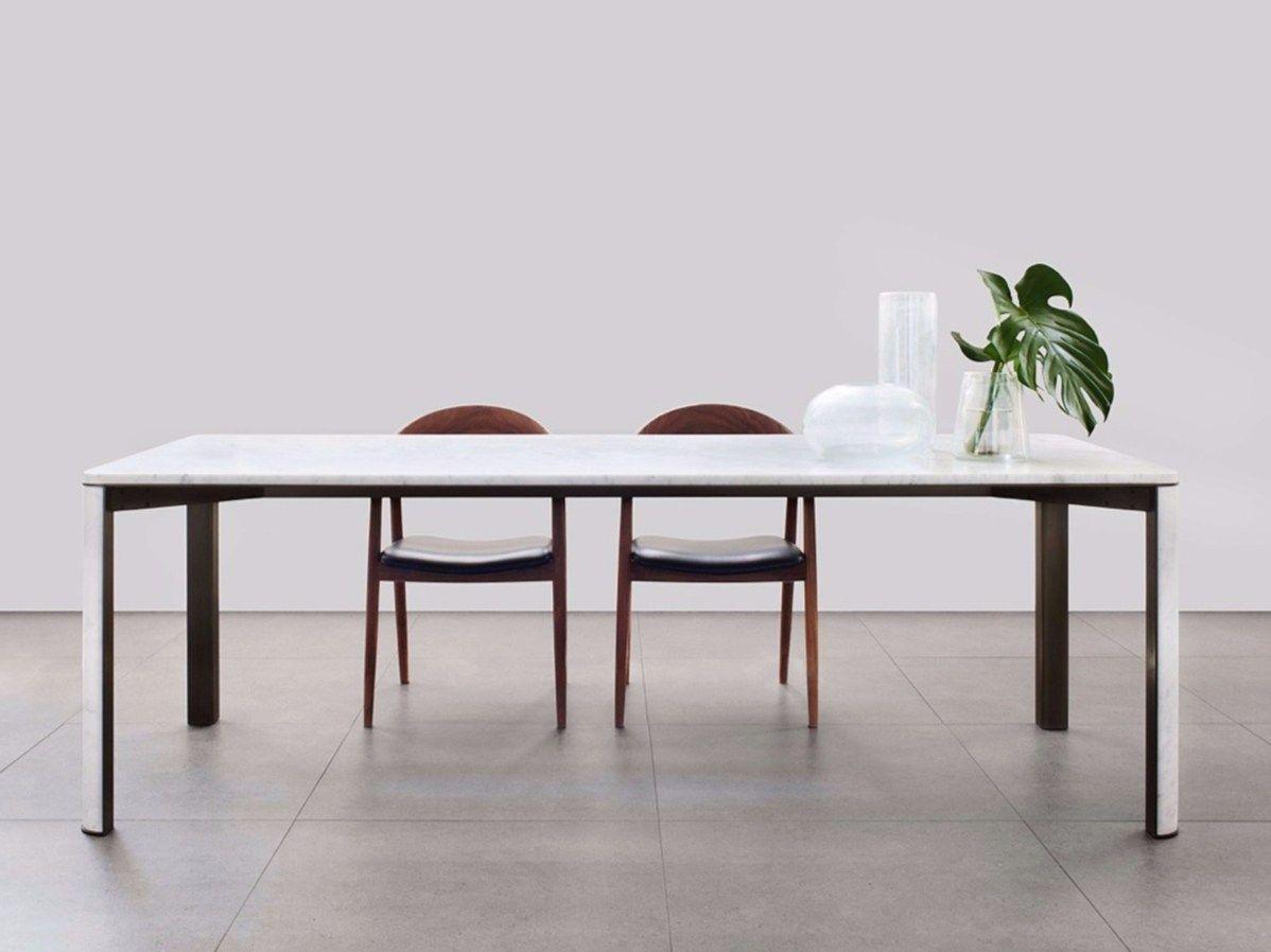 Gregorio carrara marble table gregorio collection by mg12 for Carrara marmor tisch