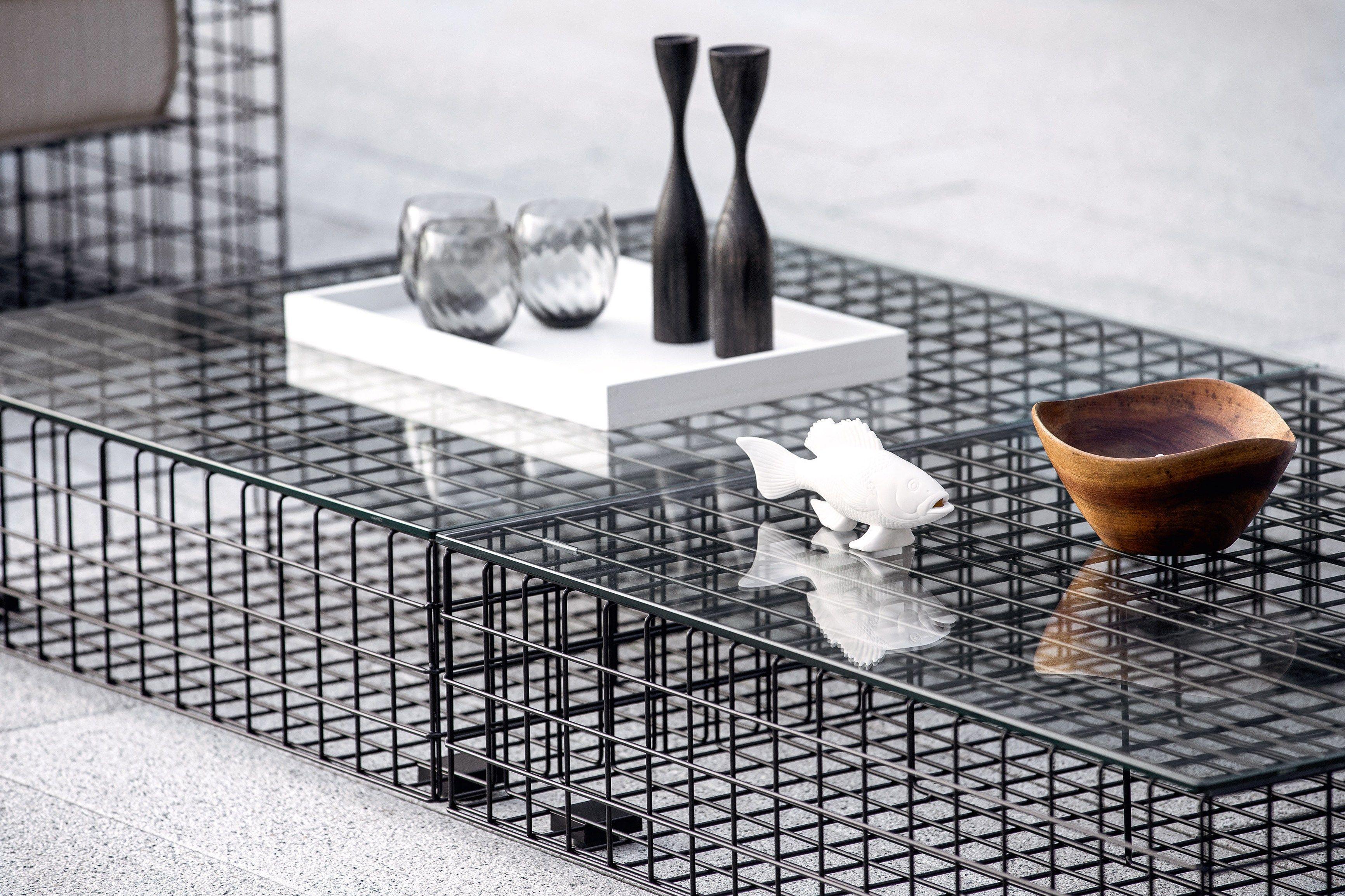 Grid coffee table by varaschin design kensaku oshiro for Table grid design
