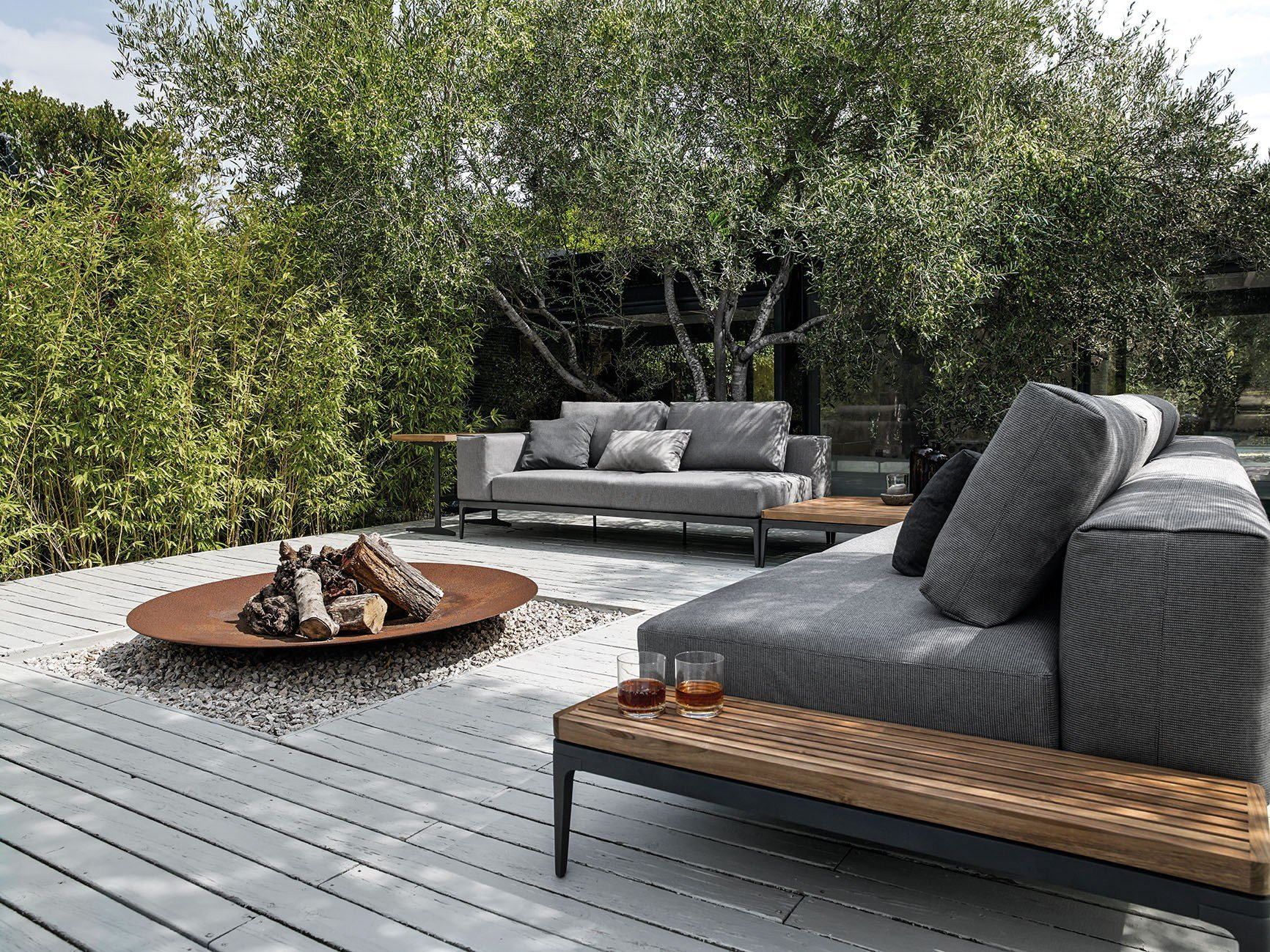 GRID Canapé Collection Grid Outdoor Lounge by Gloster ...