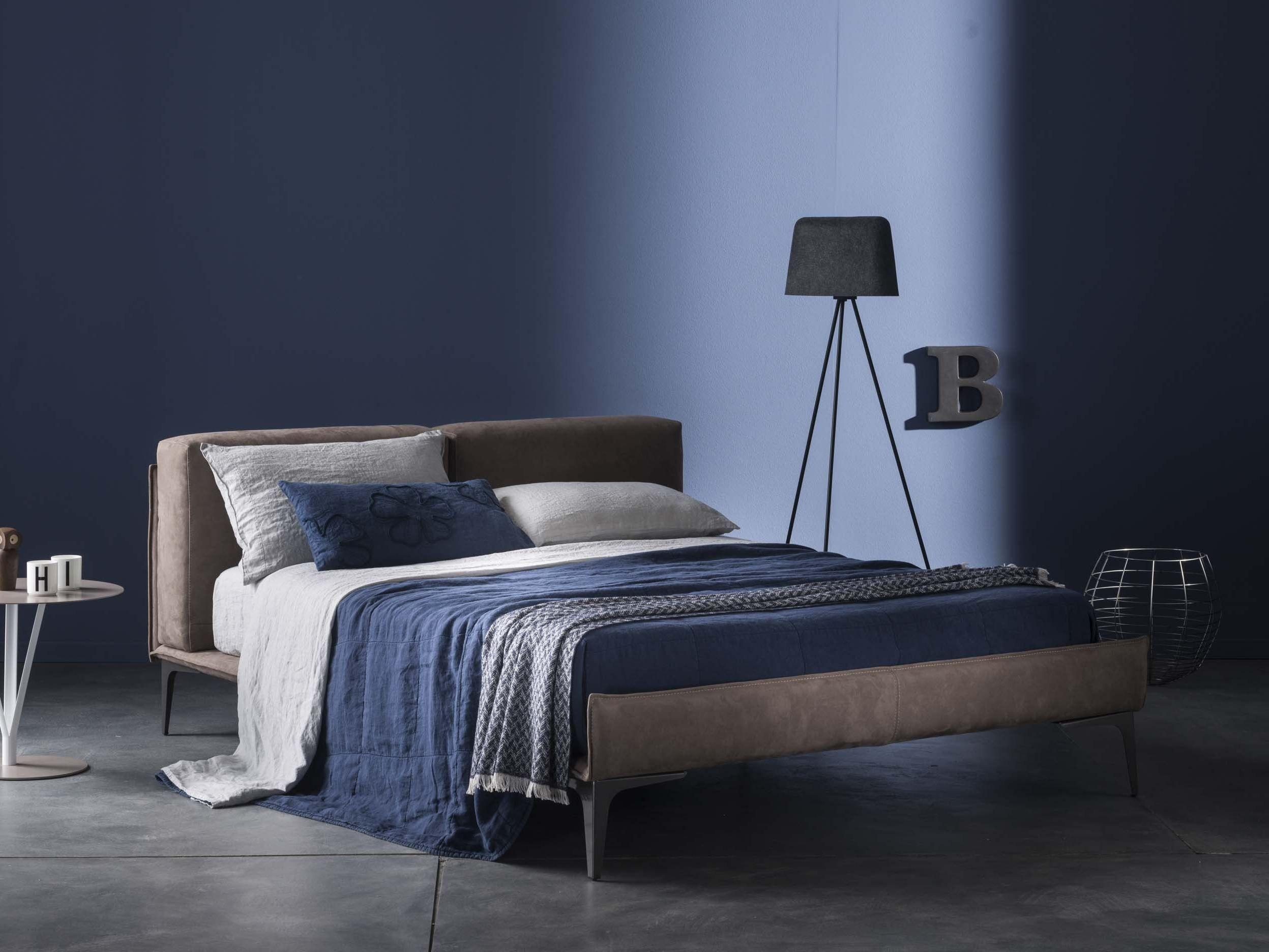 Primula coordinato letto by la fabbrica del lino by bergianti pagliani design luca pagliani - La fabbrica del lino letto ...