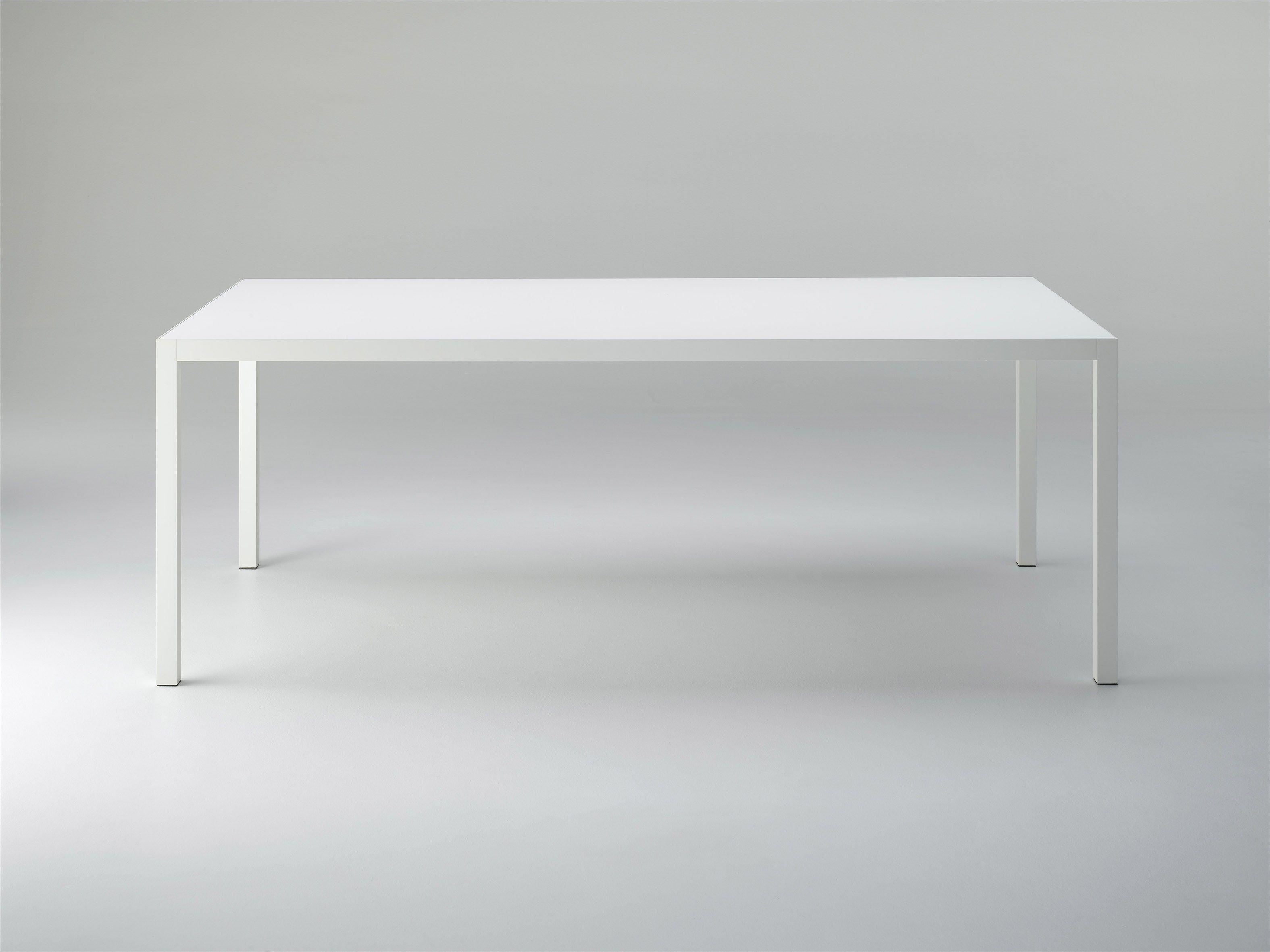 ausziehbarer tisch aus aluminium keramik by mdf italia design bruno fattorini. Black Bedroom Furniture Sets. Home Design Ideas
