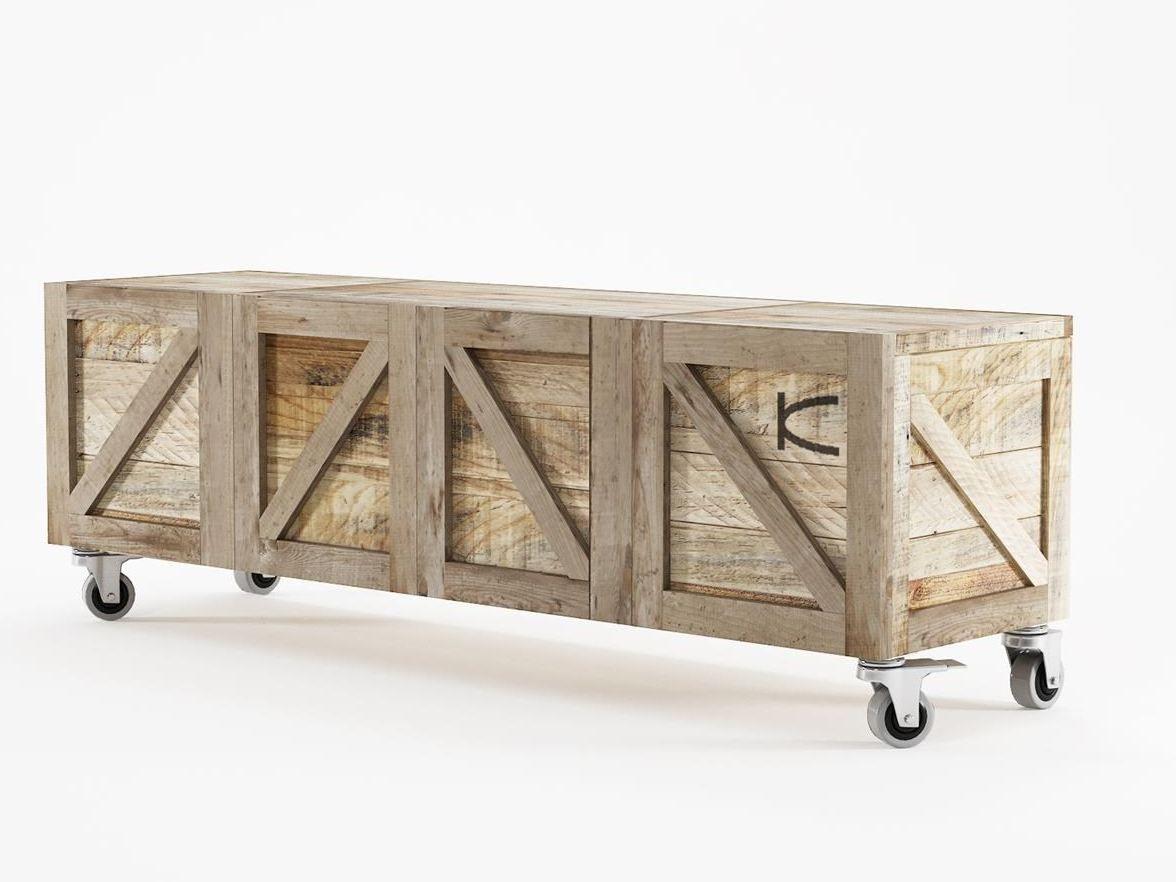 tv lowboard aus wiederverwendetem holz auf rollen krate tv m bel. Black Bedroom Furniture Sets. Home Design Ideas