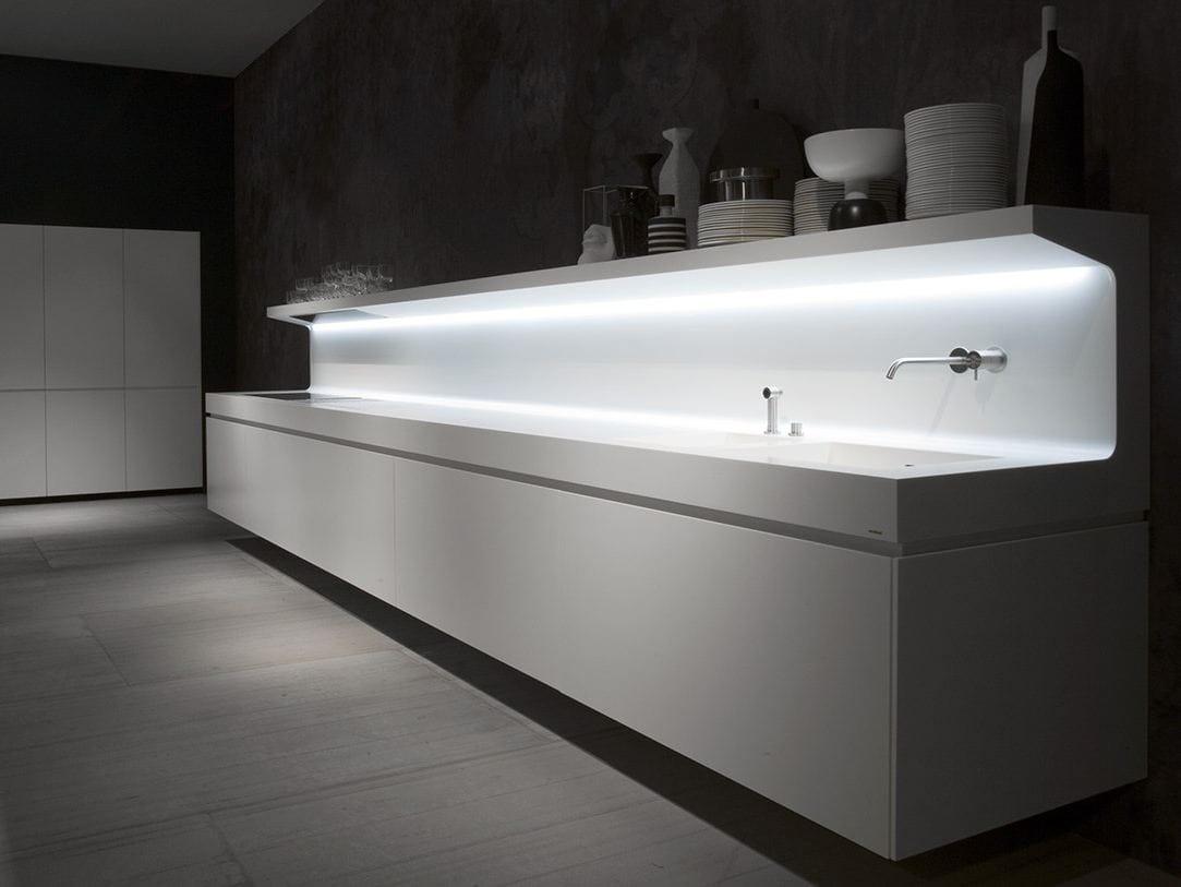 cozinha linear suspensa de corian lacucina by antonio lupi design design marco casamonti. Black Bedroom Furniture Sets. Home Design Ideas