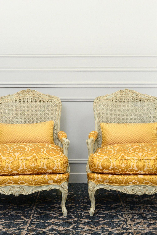 Tessuto damascato jacquard in seta leonardo by lelievre for Velours de soie ameublement